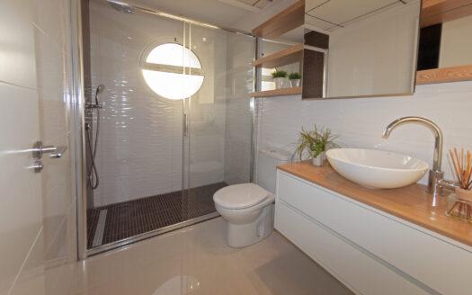 Behagelig soverom med plass til 2 senger | SolEuropa Norge