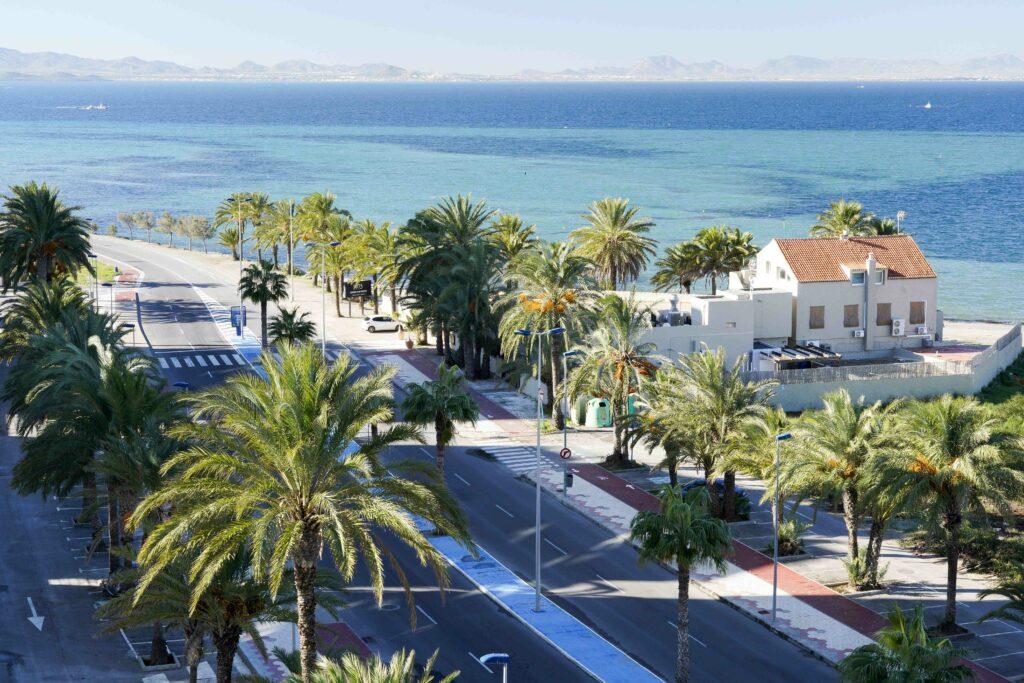 La Manga med utsikt över Mar Menor